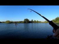 Рыбалка на позитиве. Рыбалка на спиннинг с лодки 2017.