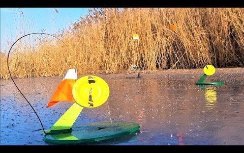 ЛОВЛЯ ЩУКИ на ЖЕРЛИЦЫ НОЧЬЮ. Зимняя рыбалка по ПЕРВОМУ ЛЬДУ